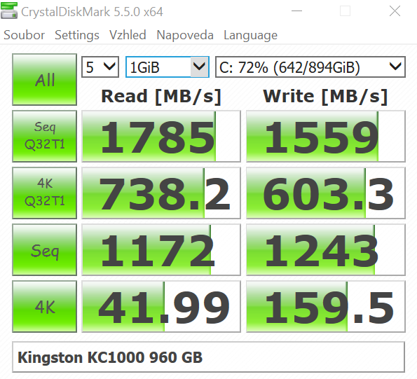 Kingston KC1000 960 GB; Crystal Disk Mark