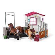 Schleich Washing Stall and Stable with Lusitano Filly and Accessories - Game Set