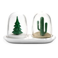 QUALY Salt and Pepper Shakers Winter and Summer