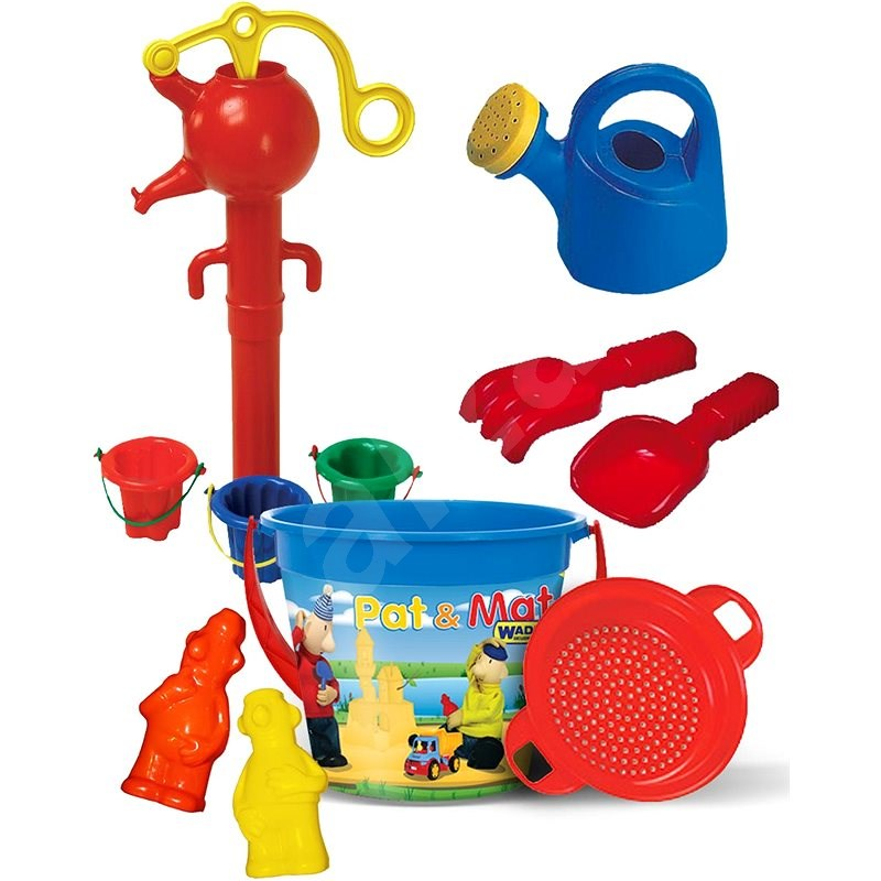 P&M Sand Set with IML Bucket 3.4l with Functional Water Pump - Sand Tool Kit
