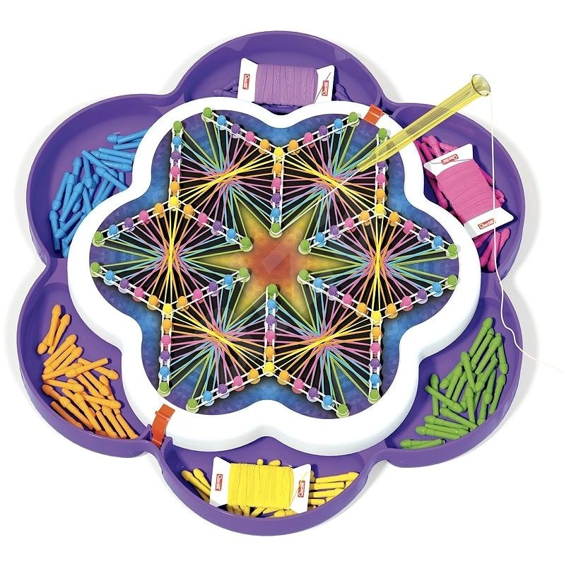 Quercetti Play Art Mandala - Drawing with Threads and Pins - DIY for Children